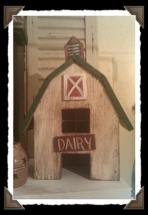 Dairy Barn shelf sitter