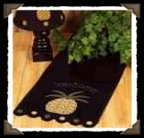 Pineapple-Welcome-Wool-Felt-Table-Runner-Raghu