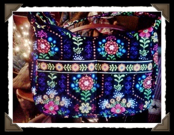 STEPHANIEDAWNBloomDanceshoulderbag300x225