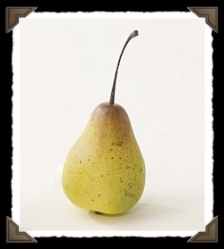 small primitive pears