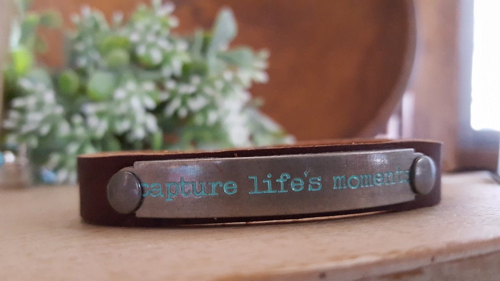 capture lifes moments bracelet