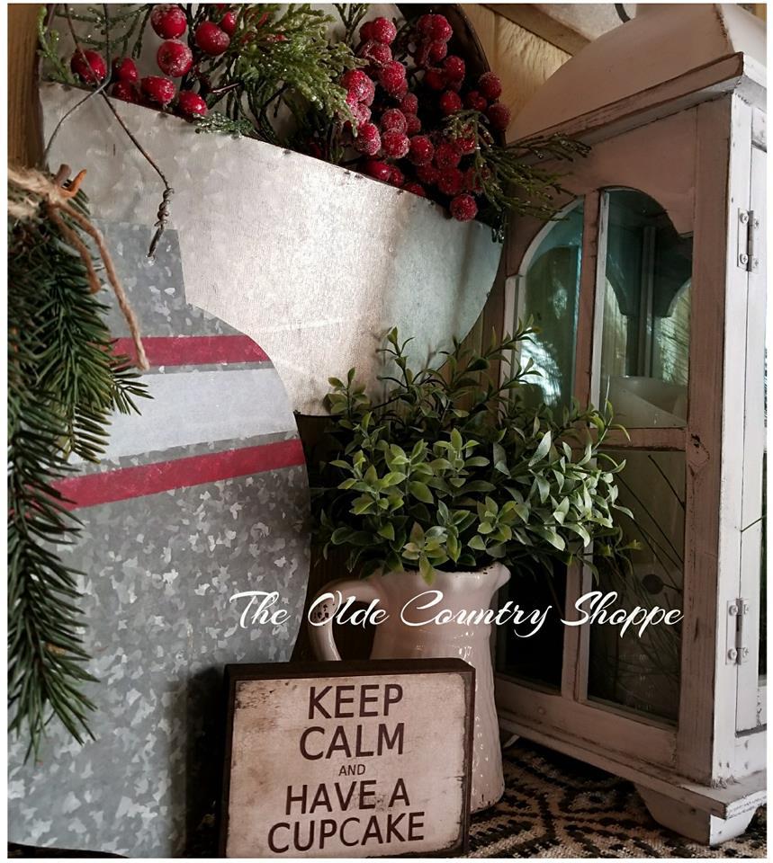 keep calm and eat a cupcake christmas pic